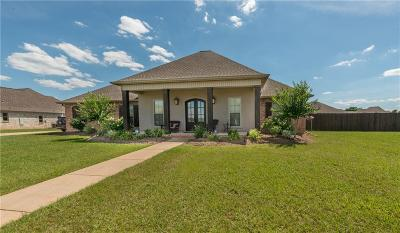 Alexandria Single Family Home For Sale: 292 Links Drive