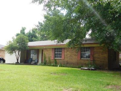 Alexandria Single Family Home For Sale: 5507 Larkspur Drive
