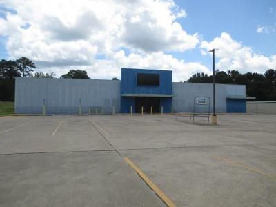 Commercial For Sale: 4828 Shreveport Highway