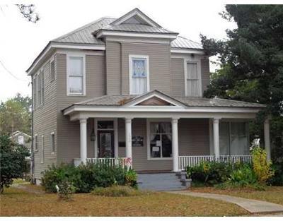 Alexandria Single Family Home For Sale: 1920 Jackson Street