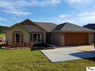 Single Family Home For Sale: 617 Stable Road NE Stable Road