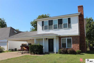 Monroe Single Family Home For Sale: 22 Leslie Lane