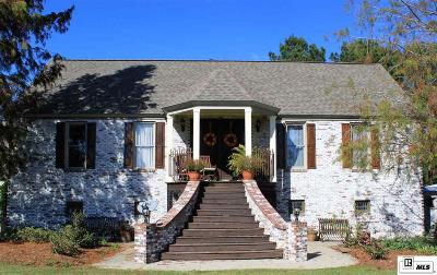 Single Family Home For Sale: 135 Little Happy Trails
