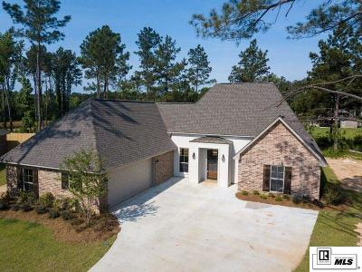 Single Family Home For Sale: 168 Buck Meadow