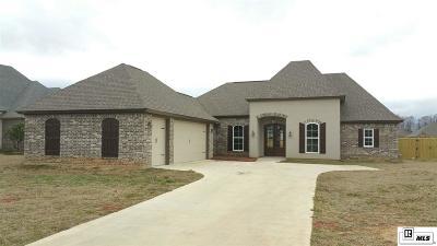 Monroe Single Family Home For Sale: 209 Medalist Street