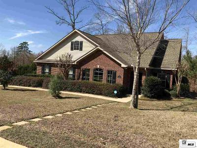 Single Family Home For Sale: 123 Mossy Knoll Drive