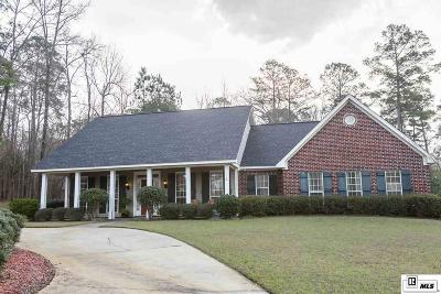 Single Family Home For Sale: 106 Mossy Knoll Drive