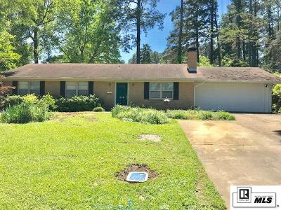 Lincoln Parish Single Family Home Active-Pending: 208 N Pinecrest Drive