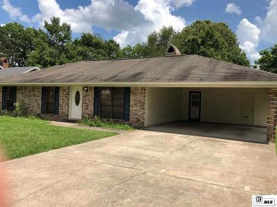 Monroe Single Family Home For Sale: 111 Briarwood Drive