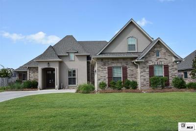 Monroe Single Family Home For Sale: 216 Medalist Street