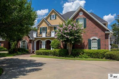 Monroe Single Family Home For Sale: 22 Waters Edge Drive