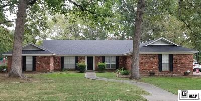 Monroe Single Family Home For Sale: 25 Winchester Circle