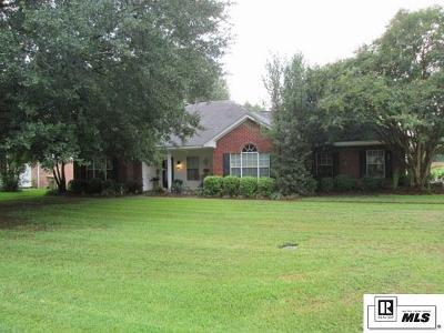 Monroe Single Family Home For Sale: 302 Raymond Drive