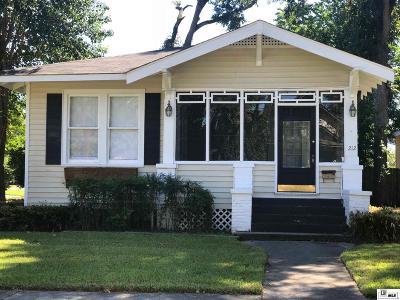 Single Family Home For Sale: 212 Rochelle Avenue