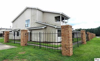 Condo/Townhouse For Sale: 515 Lincoln Road #105