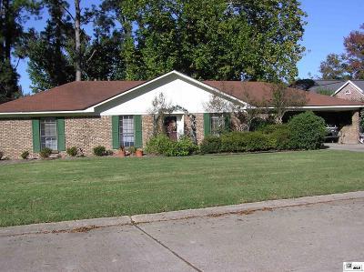 Single Family Home For Sale: 207 Pecan Bayou Drive #7