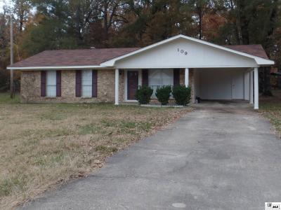 Monroe Single Family Home For Sale: 109 Dera Mae Drive