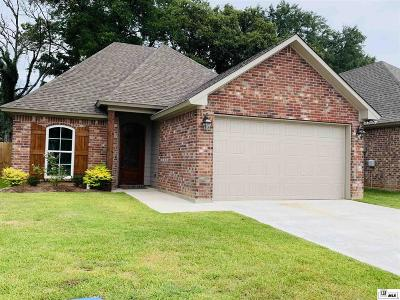 Monroe Single Family Home For Sale: 209 Briar Trace