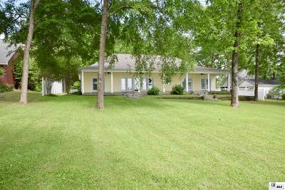 Single Family Home For Sale: 380 Three Fingers Road