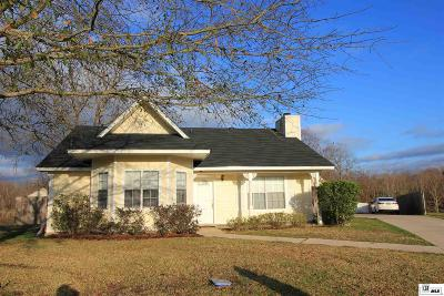 Monroe Single Family Home For Sale: 45 Leslie Lane
