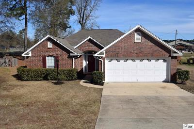 Single Family Home For Sale: 211 Knoll Creek Circle