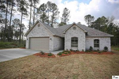 Ruston Single Family Home Active-Pending: 174 Plantation Hill