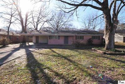 Monroe Single Family Home Active-Pending: 114 Somerset Drive