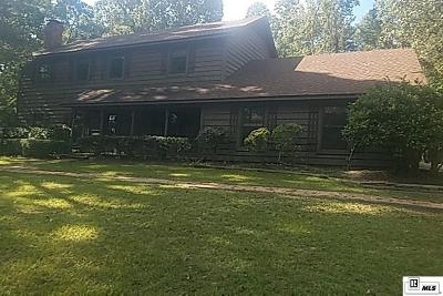 Single Family Home For Sale: 317 Ayres Loop