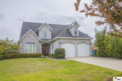 Single Family Home For Sale: 1902 Bienville Drive