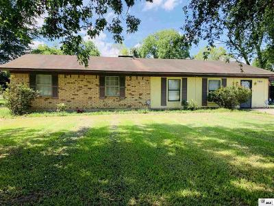 Single Family Home For Sale: 15095 Railroad Street