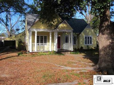 Single Family Home For Sale: 324 W Hickory Avenue