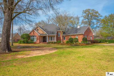 Single Family Home For Sale: 3165 Deborah Drive