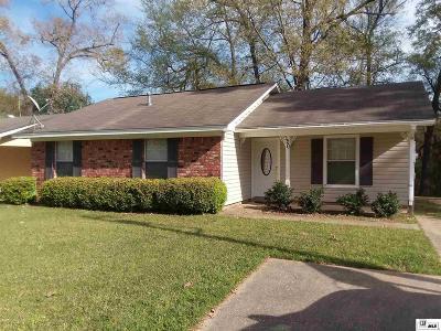 Monroe Single Family Home For Sale: 120 Cedarbrook Drive