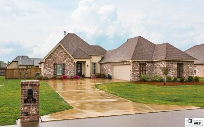 Monroe Single Family Home For Sale: 208 Hoover Drive