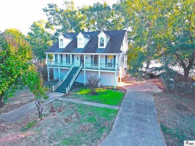 Single Family Home For Sale: 103 Lake Estates Drive