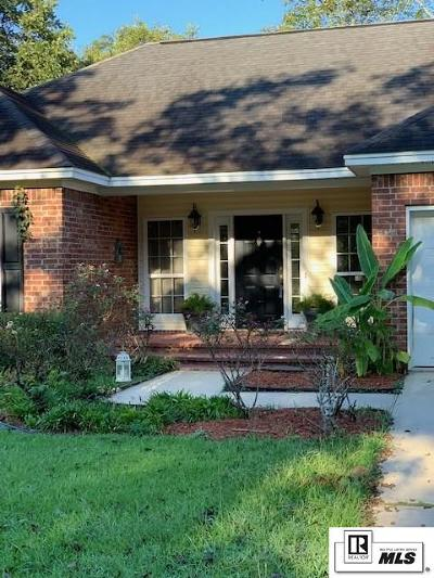 Monroe Single Family Home For Sale: 118 Brook Orchard Boulevard