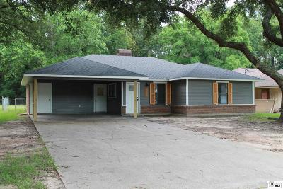 Monroe Single Family Home For Sale: 129 Leisure Drive