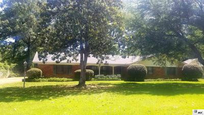 Single Family Home For Sale: 1702 Arcadia Drive