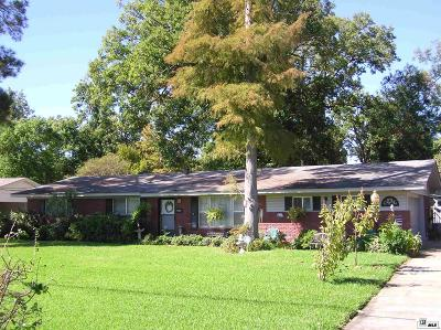 Single Family Home For Sale: 2109 Oliver Road