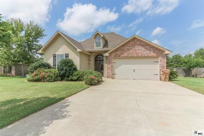 Monroe Single Family Home For Sale: 306 Bunker Lane