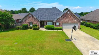 Monroe Single Family Home For Sale: 212 Winkler Way