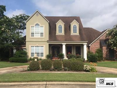 Monroe Single Family Home For Sale: 9 Waters Edge Drive