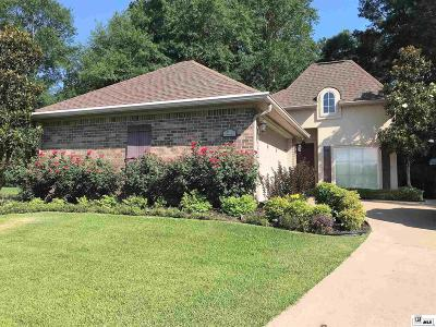 Single Family Home For Sale: 218 Hedge Hill Drive
