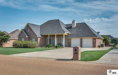 Monroe Single Family Home For Sale: 113 Greenside Drive