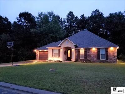 Monroe Single Family Home For Sale: 300 Hunter Circle