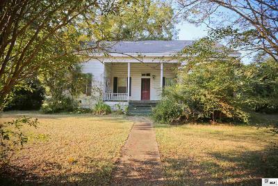 Single Family Home For Sale: 136 Walnut Creek Road