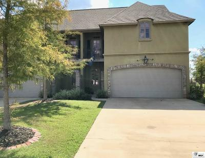 Single Family Home For Sale: 499 Cliff Bullock Drive