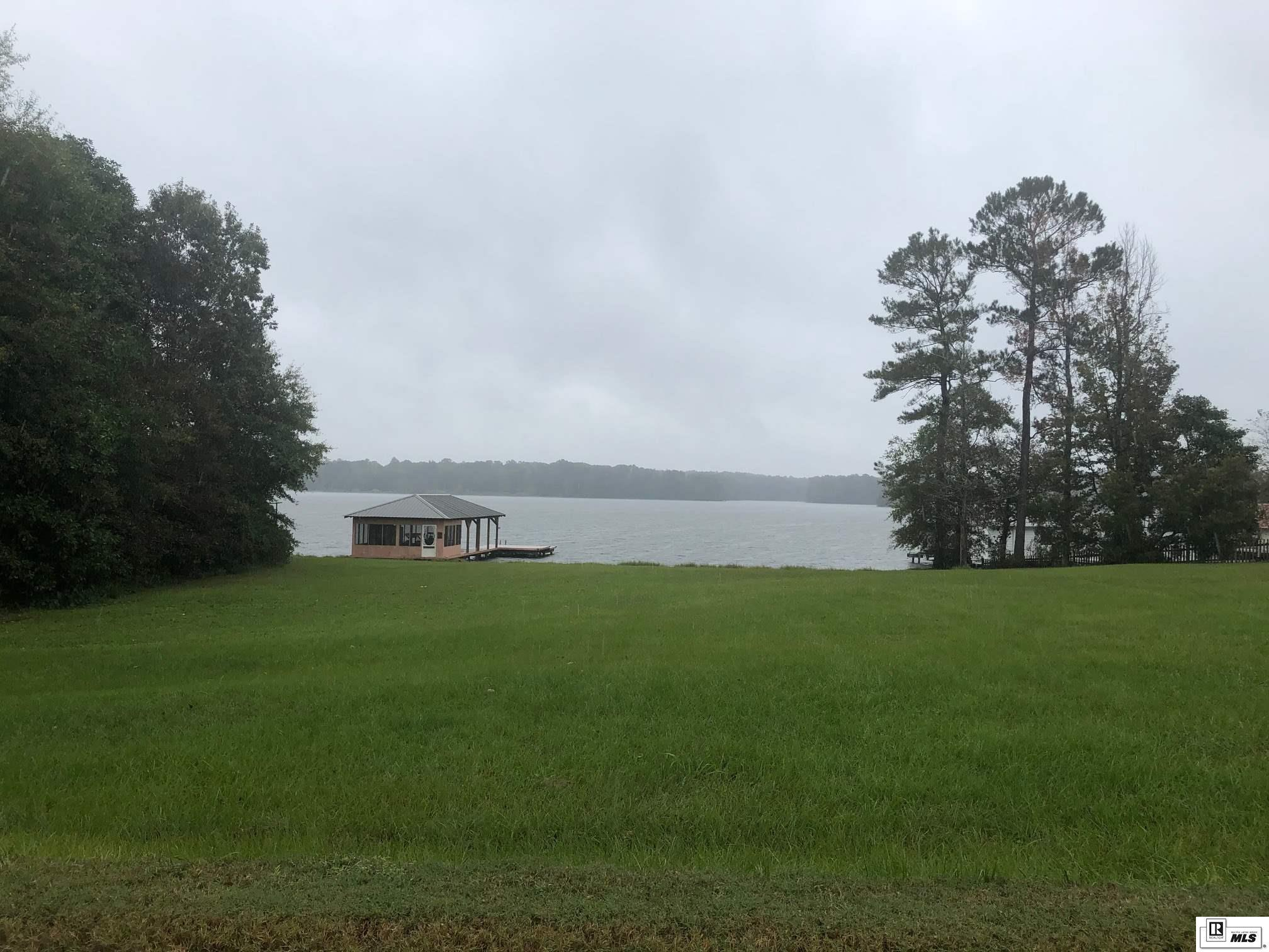 113 LITTLE HAPPY TRAILS, 401 Caney Lake Area