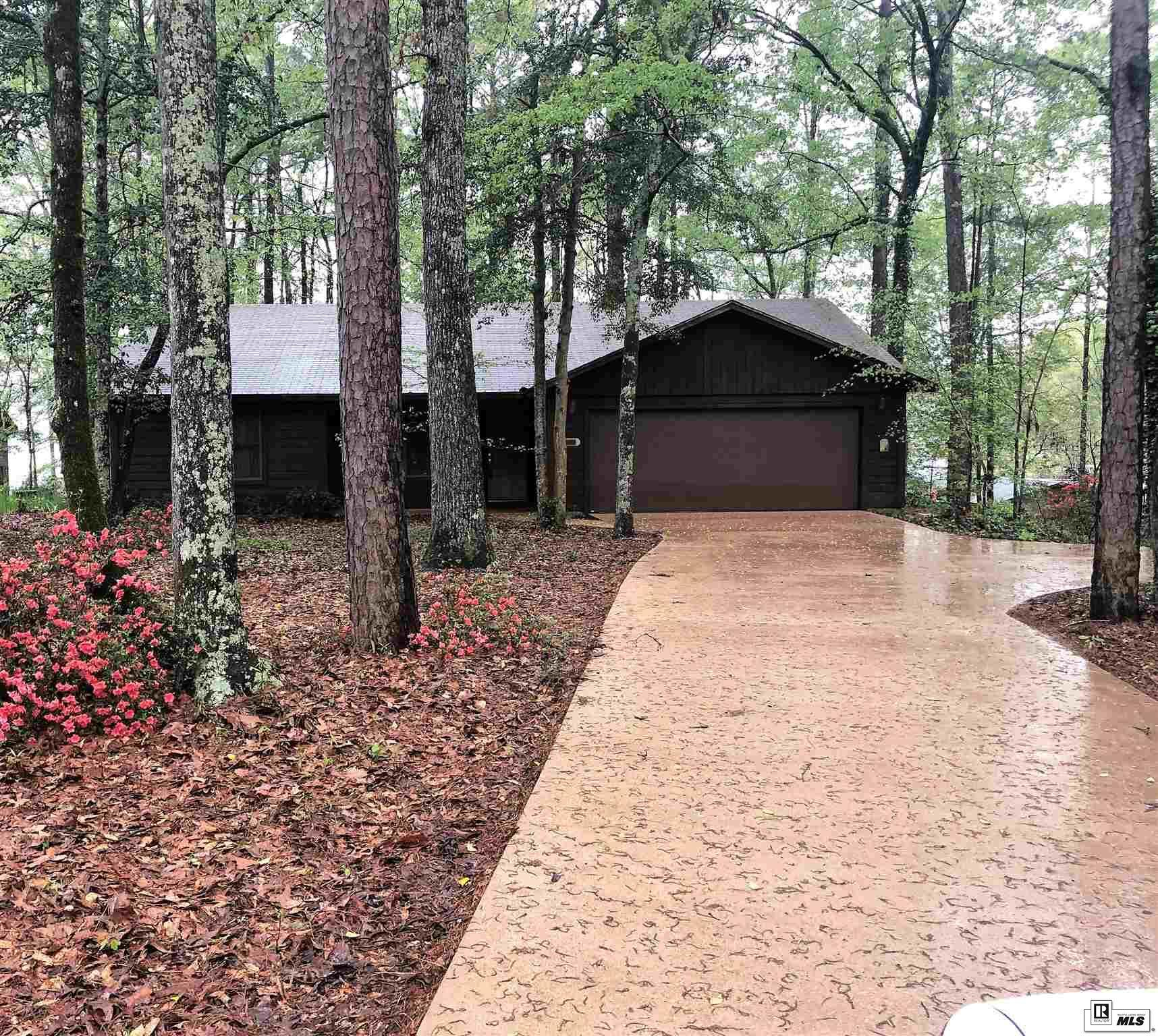 200 SANDY POINT DRIVE, 401 Caney Lake Area