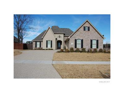Benton Single Family Home For Sale: 242 Danielle Drive